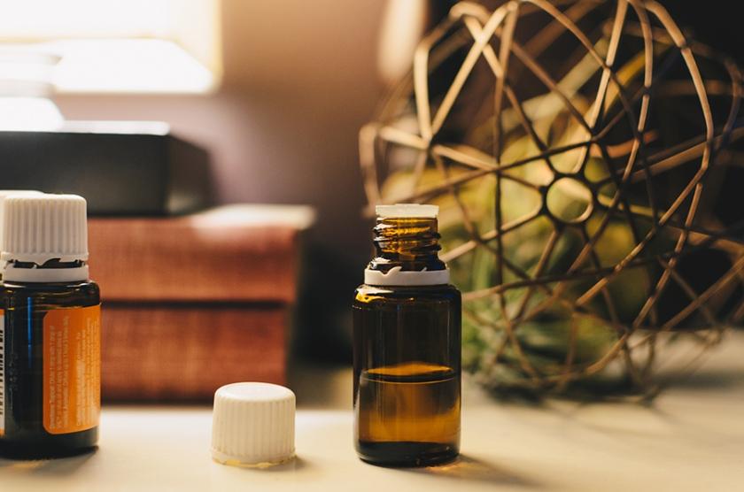 Faut-il mettre des huiles essentielles dans sa lessive ?